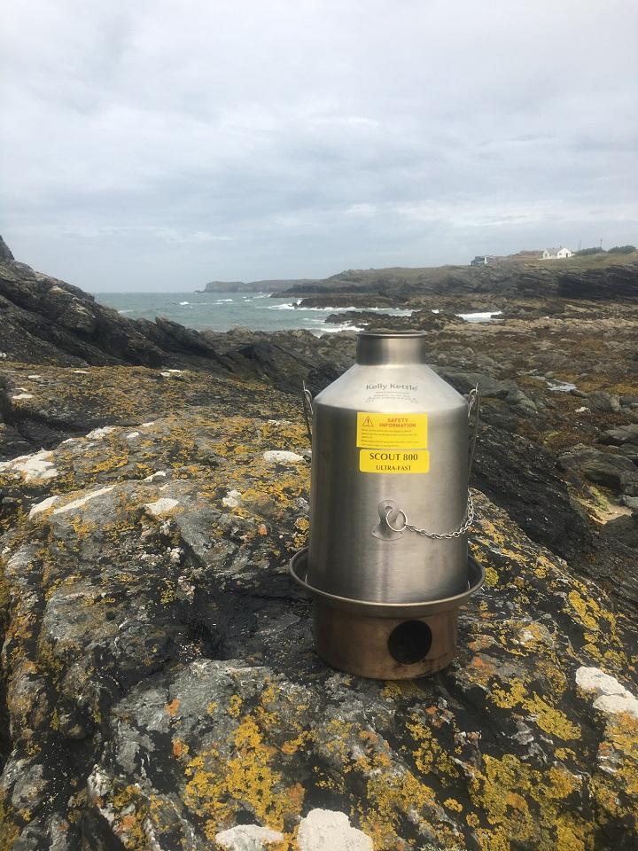 Tea on the rocks