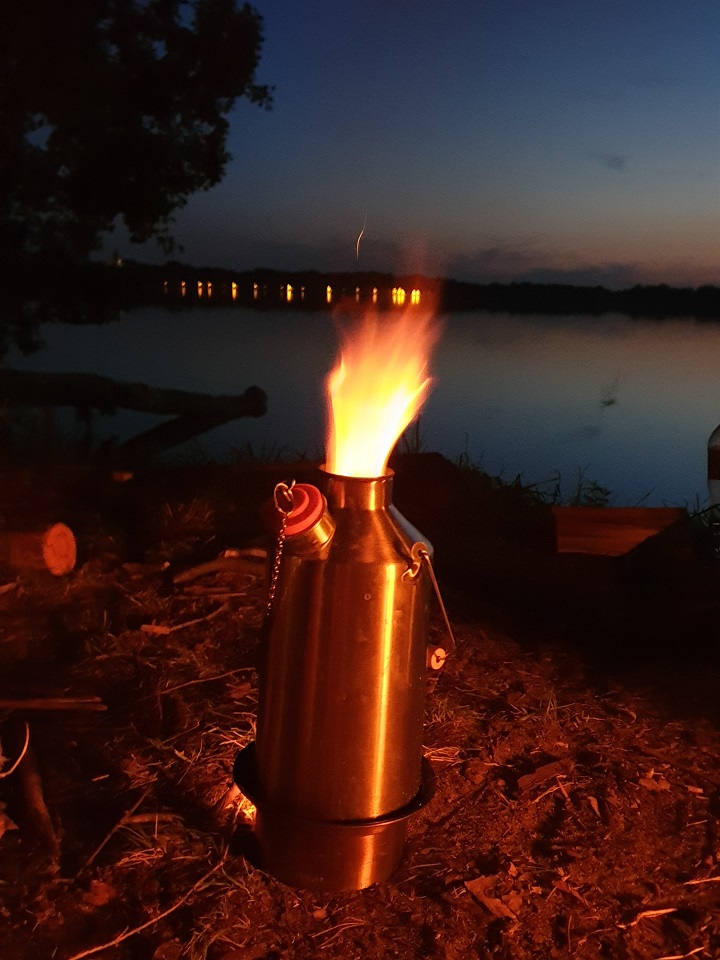 Unplugged Camping  (NOTE: Be sure and leave the Orange Stopper out of the spout when boiling!)