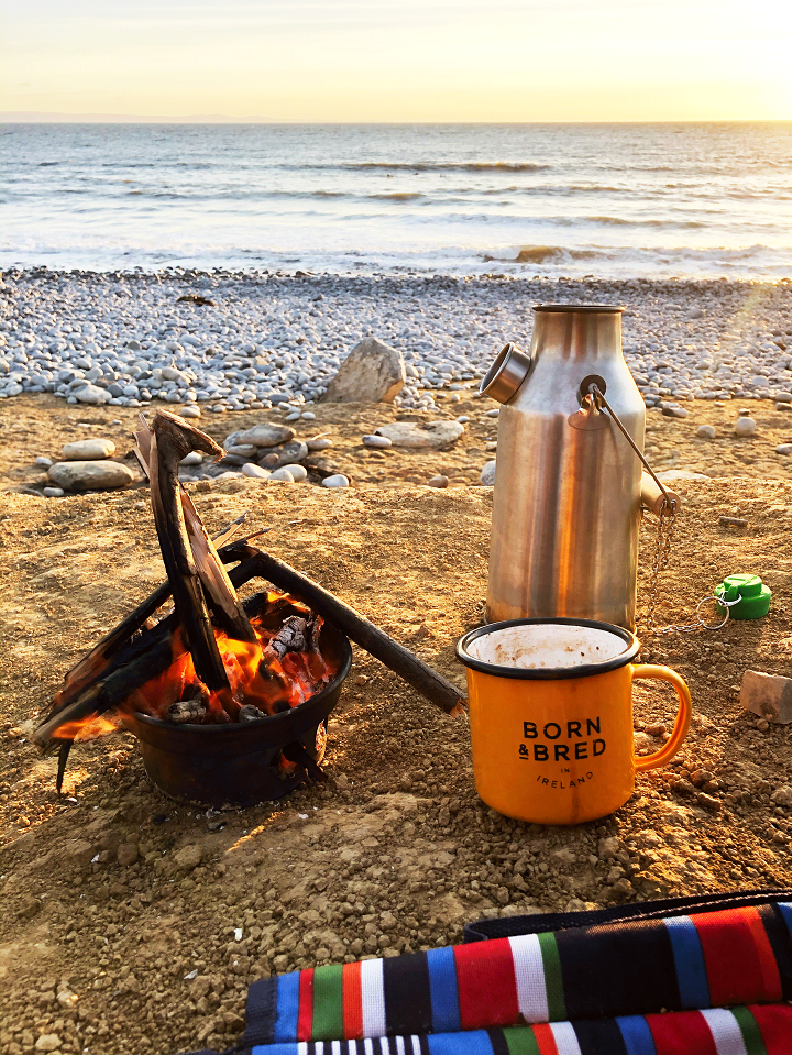 Last beach swim and sunset before local Covid restrictions take place. One of the most beautiful sunsets I've seen, made better with a cuppa! (Southerndown Beach (Dunraven Bay, Bridgend, U.K.)