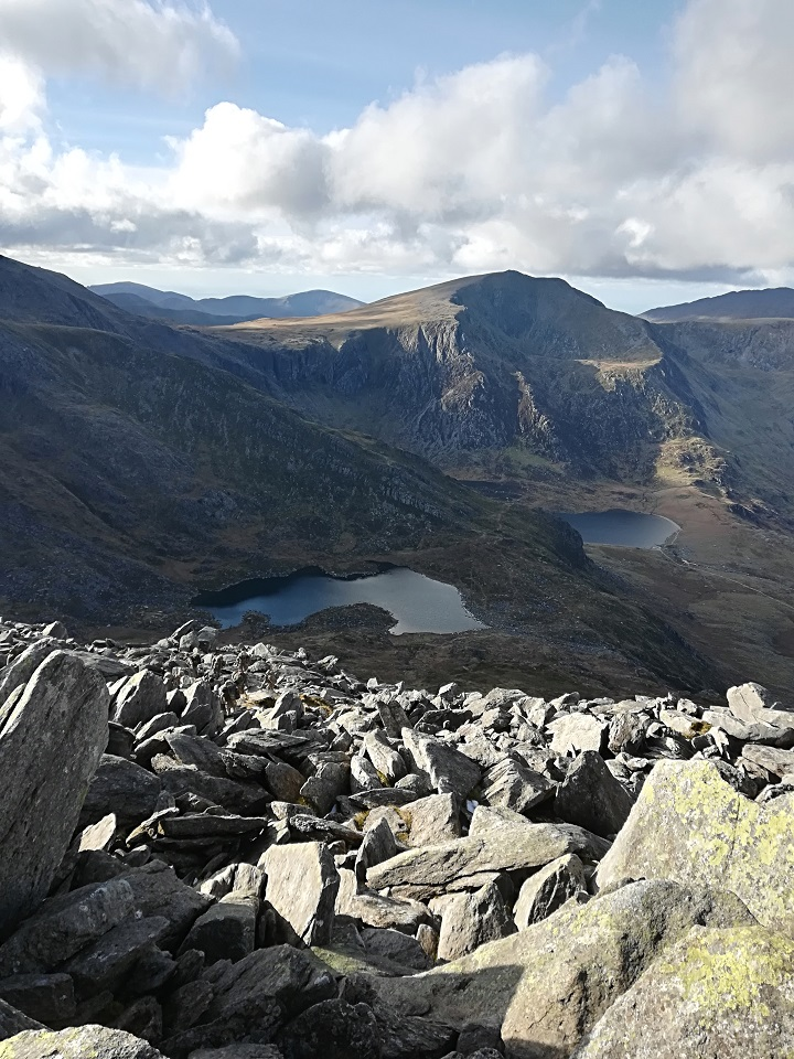 This would have been the perfect place to have a Kelly Kettle, so I could have had a decent cuppa before climbing down! (Tryfan in the Ogwen Valley, Wales, U.K.)