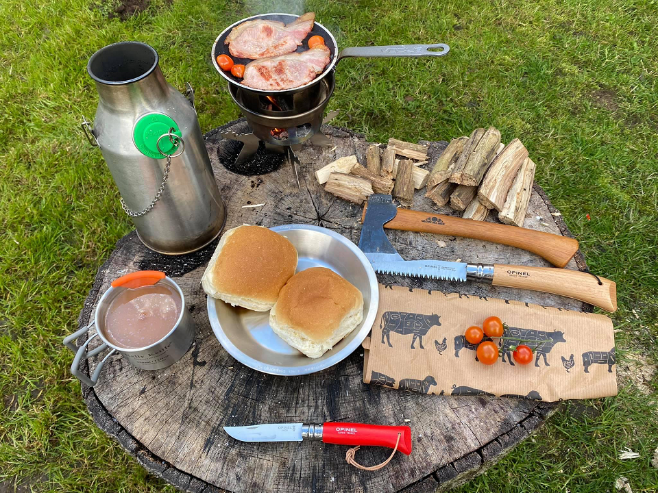 Love the Kelly kettle, Out for breakfast, enjoying the outdoors. (Norfolk, U.K.)