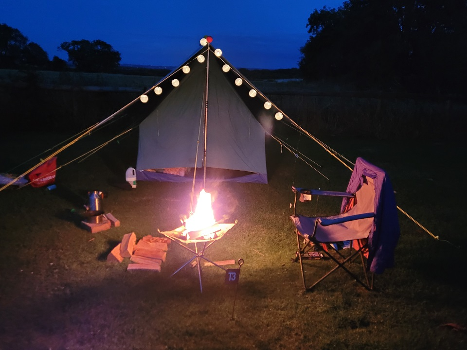 A bit of old skool camping, a canvas tent off of Freecycle, a lovely moonlit evening and my Kelly Kettle providing hot drinks.  The astronomers group in the same site were very impressed with my approach to modern camping!